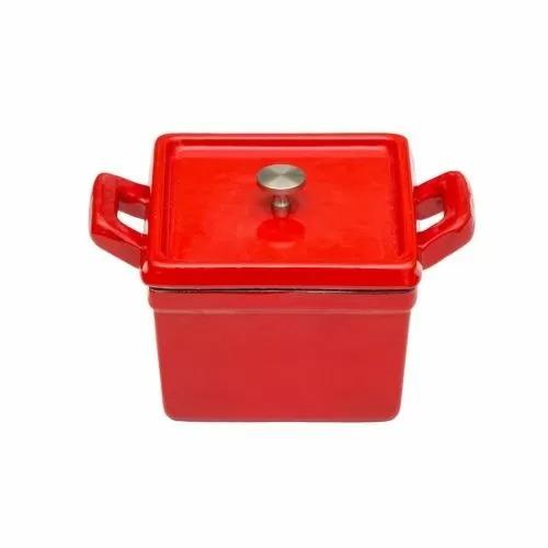 Кастрюля порционная квадратная, 500 мл, красная, эмалированный чугун